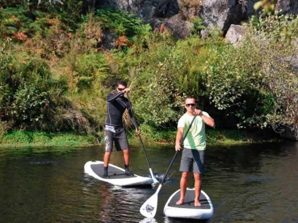 Despedida de soltero en Oporto. Paddle surf en Oporto. Actividades para grupos de despedidas de soltero y soltera en Oporto, Portugal.