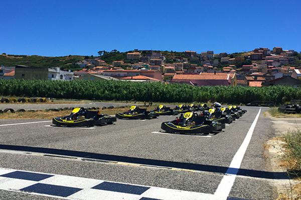 Karts en Lisboa. Despedidas de soltero y soltera en Lisboa, Portugal. Kartódromo en Lisboa, Portugal. Actividades divertidas y originales en Portugal