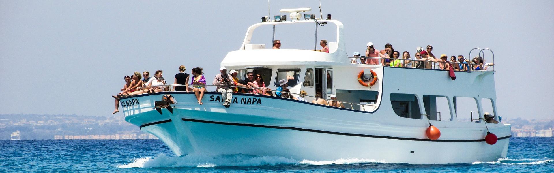 Fiestas en barco. Fiestas en barco en Oporto, Lisboa, Valencia, Gijón y Alicante. Fiesta en velero y yate en España y Portugal