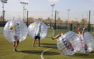 Despedidas de soltero y soltera. Bubble football en Valencia. Despedidas de soltero y soltera en Valencia España. Futbolín humano en Valencia